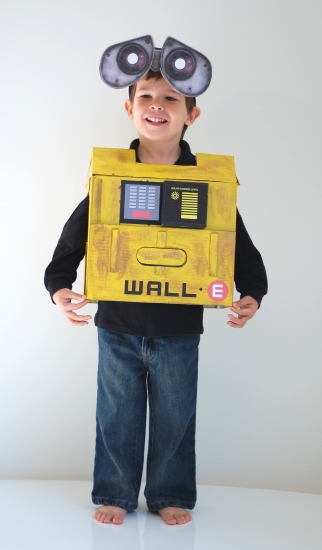 otto is obsessed with walle he could watch the movie every day so deciding what he was going to be for halloween was an easy choice